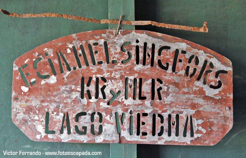 Lago Viedma sign